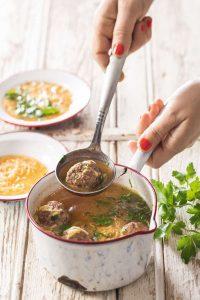 soupe aux vermicelles et boulettes